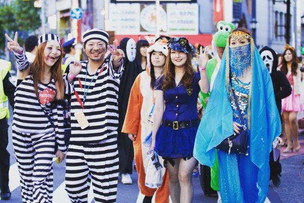 六本木ハロウィン2018(ロクハロ)ジャンボパレードの参加有名人とゲストは?